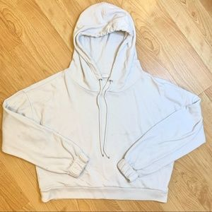 GAP CROPPED CREAM BACK GRAPHIC HOODIE